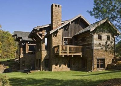 Decorating-a-rustic-house